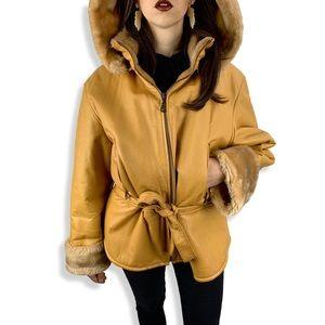 VTG camel leather jacket lined in faux fur w/hood